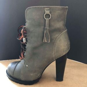Chaos and Harmony Gray Leather Boots